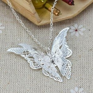Jewelry - Nwt Silver Butterfly Necklace